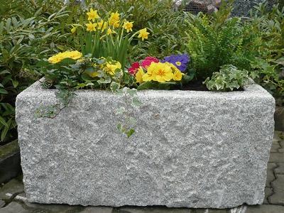 Blumenkübel rechteckig | Herny Klammer Garten- und Landschaftsbau