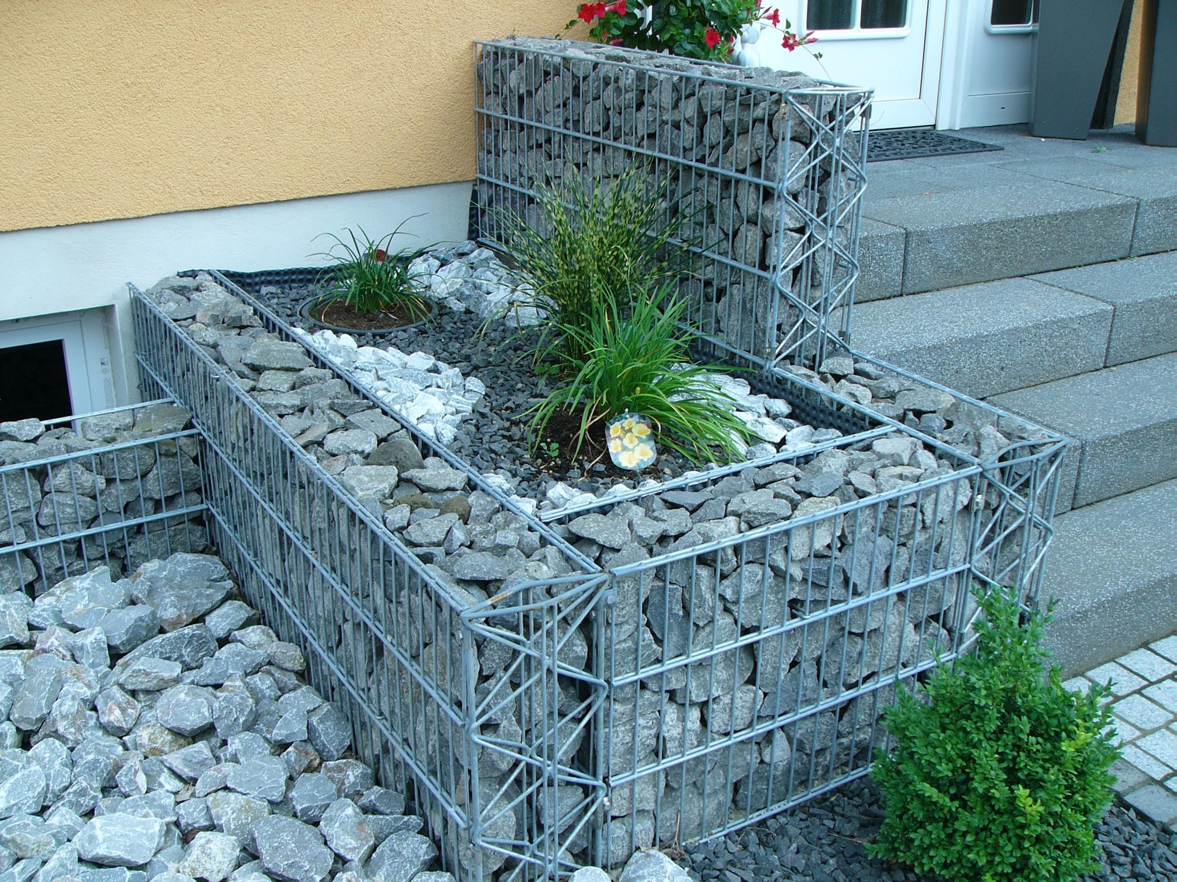 gabionen herny klammer garten und landschaftsbau. Black Bedroom Furniture Sets. Home Design Ideas